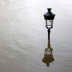 Lampada da terra alluvione